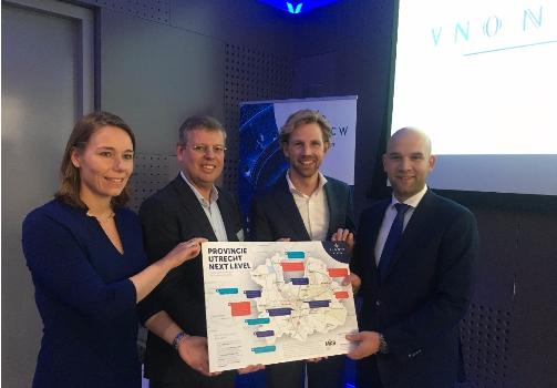 Utrechtse Kamerleden nemen Kaart 'Provincie Utrecht Next Level' in ontvangst